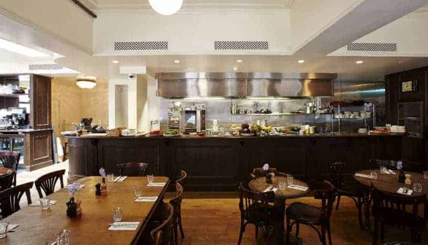 REVIEW: The 3 Crowns, Old Street