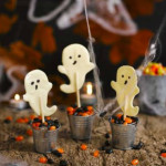 HALLOWEEN RECIPE: Spooky chocolate ghosts!