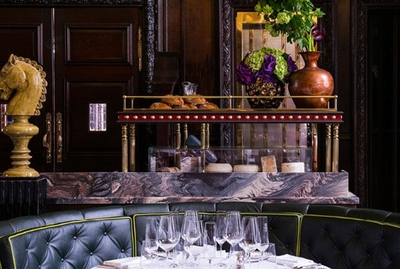 Dining Back In Time At Simpson's In The Strand