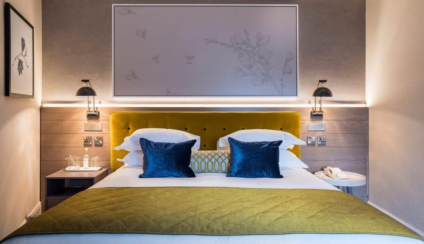 Live Like A (Very Posh) Local At Sloane Place Boutique Hotel